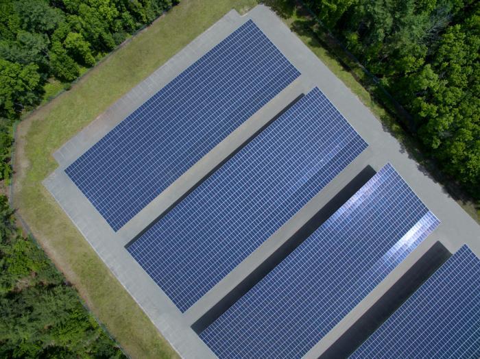 I tre fattori fondamentali che influenzano il costo del solare per la tua attività