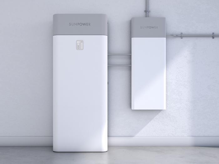 Generatori di corrente e batterie solari: quale sistema di backup è il migliore?