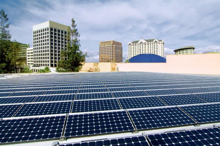 Energia solare: le cinque tendenze di metà anno 2021