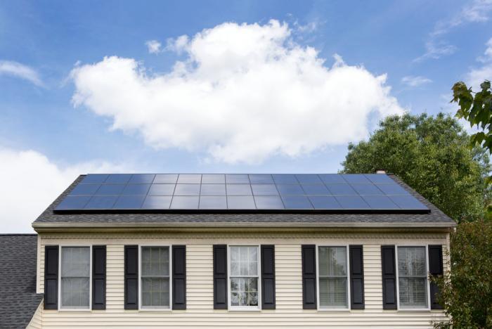 Se il sole è coperto dalle nuvole i pannelli solari producono abbastanza corrente?
